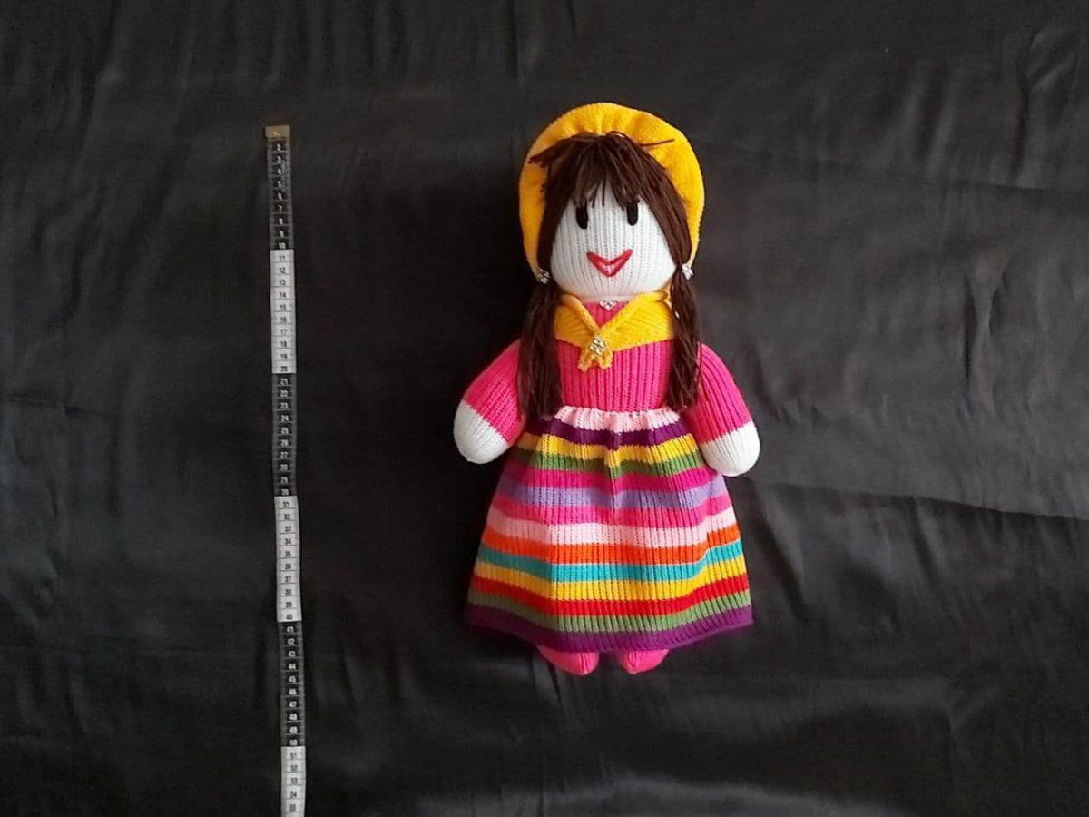 عروسک زن دلقک